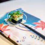 レスト ケイ ヤマウチ - 竹炭 うすい豆 生ハム