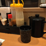 とんから亭 - 料理写真:卓上の薬味たち