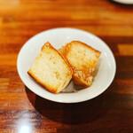 ココチ - 絶品の自家製パン