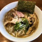 自家製麺 ラーメンK - ラーメン正油(700円)