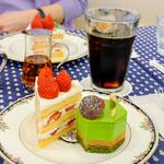 128974886 - 苺のショートケーキ・ブラン                       ベール・ピスターシュ                       水出しアイスコーヒー
