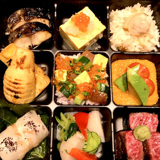 TAKEOUT!!予約限定「はまぐり松花堂弁当」