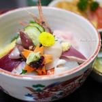 かねしろ亭 - 海鮮丼 1000円