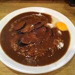 カレーハウス キラリ - なすカレー+生卵