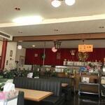 中華レストラン 東東 - ドライブインみたいな感じ
