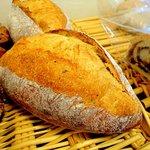 12899106 - ●ぶどう酵母のフランスパン@400