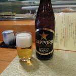 東鮨 新店 - 中瓶ビール600円(税別)