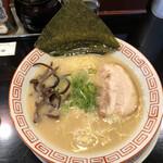 博多長浜らーめん 六角堂 - 料理写真:
