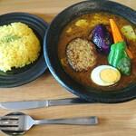 スープカレーハウスしっぽ - 料理写真:ハンバーグカレー