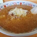 らーめん 大雅 - 味噌ラーメン(880円)