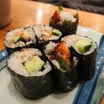 豪快 立ち寿司 - うなきゅう巻き