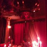ヴァンパイア カフェ - すごく本格的な店内