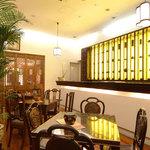 菜香新館 - ティーラウンジ清芳春(せいほうしゅん)  平日限定のランチや中国茶をお楽しみください