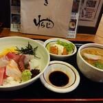 わらじや - 料理写真:海鮮丼ぶり定食♪