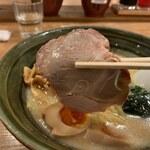 手作りの味噌らーめん 味噌樽 - チャーシュー