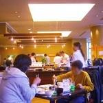 レストラン川長 - 店内