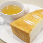 喫茶室ルノアール - モーニングA 60円 のトースト、玉子、スープ