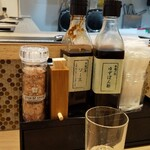 京の串揚げ 祇園囃子 - 卓上調味料 ソース 塩 七味