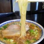 めん処 成 - 硬め麺リフト