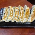 中華食堂一番館 - 焼き餃子6個
