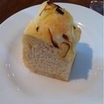 Chioggia - フォカッチャ。温かく食べやすいソフトさ。
