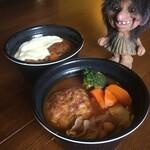 MESO - テイクアウト☆煮込みハンバーグ