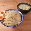 下品なぐらいダシのうまいラーメン屋 - 料理写真:沖縄No.1の濃厚スープ