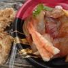 海鮮 一八 - 料理写真:漬け丼&唐揚げ2個