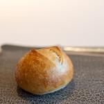 レストラン オオツ - 2020.4 自家製パン