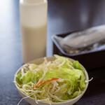 Handi レストラン - 2020.4 フレンチドレッシングの野菜サラダ