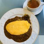 129102142 - ドライカレー・オムレツのせ、スープ