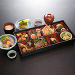 お弁当『桜-さくら-』
