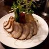 餃子の丸福 - 料理写真:チャーシューサラダ(800円)