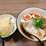 129137591 - 「味玉にぼしょうゆ&半チャーハン」1050円