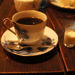 カフェ・デ・マエストロ - ブレンド 480円