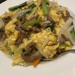 龍華 - 牛肉と卵の餡掛け丼