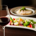 ビストロ&ワイン エスポワール - 【女子会、二次会、ディナーに】飲み放題コース、ハッピーアワーもあり!
