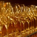 ビストロ&ワイン エスポワール - 【ワインバー】グラスにもこだわる!
