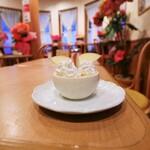 喫茶 ピットイン - 50円のキャラメルプリン