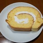 バニラの実 - 料理写真:ロールケーキ