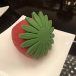 カスケイドカフェ - 苺のムース