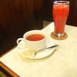 ニット - 紅茶とトマジュー。