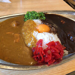 カレーの店 SPICE - ミックス(チキン&ビーフ) with生卵