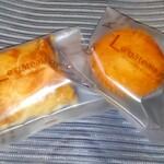永勝堂菓子店 - 料理写真:桜パイ(左)、酒かすマフィン(右)
