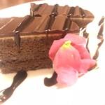 海鮮個室居酒屋 かぶと  - 大人の濃厚チョコケーキ