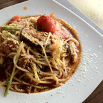 un graine - イワシと茄子と水菜とモッツァレラチーズのアンチョビトマトソース