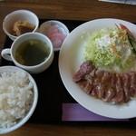 キッチン&カフェ ベル - オーストリッチミートフィレ肉ステーキ