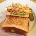 ドラフトキング - コンビーフとチーズのサンドイッチ