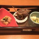 寿司割烹 豊 - 料理写真:《先付け》 鮟肝ポン酢、磯粒貝旨煮、うるいツナ和え