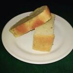 コロッセオ - Aランチのパン